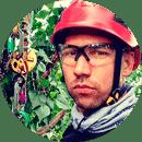 фотогафия промышленного альпиниста  компании Обогрев