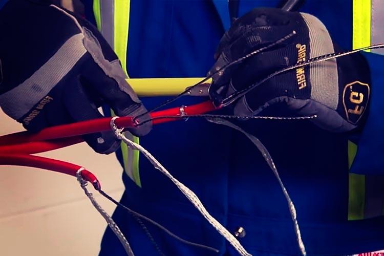 Установка соединительной муфты на греющем кабеле